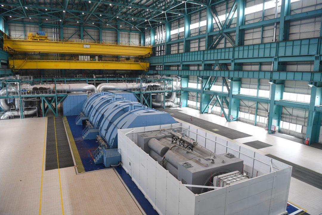 (190112) -- BEIJING, Jan. 12, 2019 (Xinhua) -- Photo taken on Dec. 20, 2018 shows the building of steam turbine of Taishan Unit 1 of Taishan Nuclear Power Plant in Taishan, south China's Guangdong Province. (Xinhua/Deng Hua)
