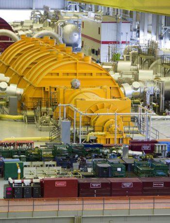 steam_turbines_at_darlington